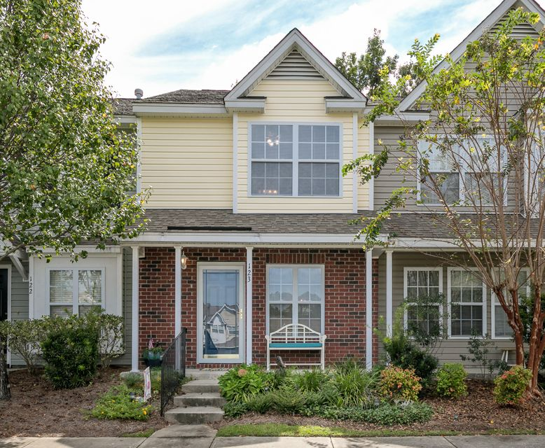 123  Hornby Circle Goose Creek, SC 29445
