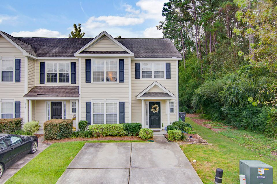 2457  Scholar Lane North Charleston, SC 29406