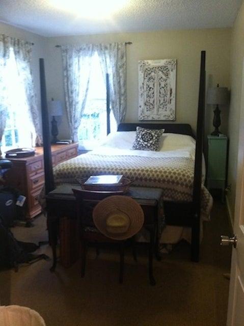 17  Rose Lane Charleston, SC 29403