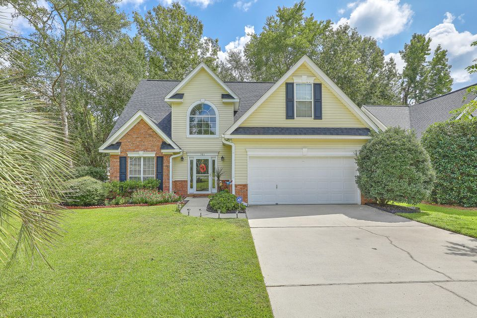 501  Pointe Of Oaks Road Summerville, SC 29485