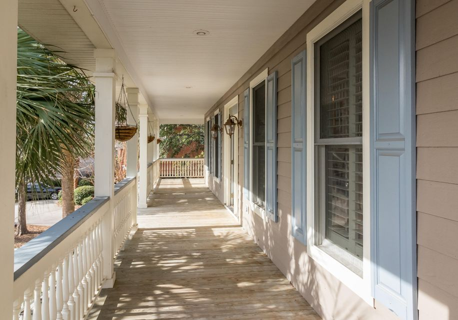 561  White Chapel Circle Charleston, SC 29412