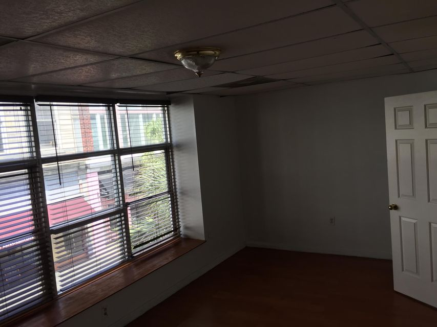 351  King Street Charleston, SC 29401