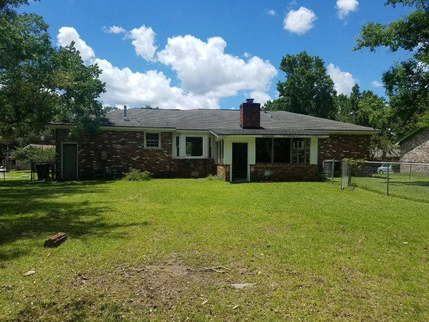 5839  Saint Angela Drive North Charleston, SC 29418