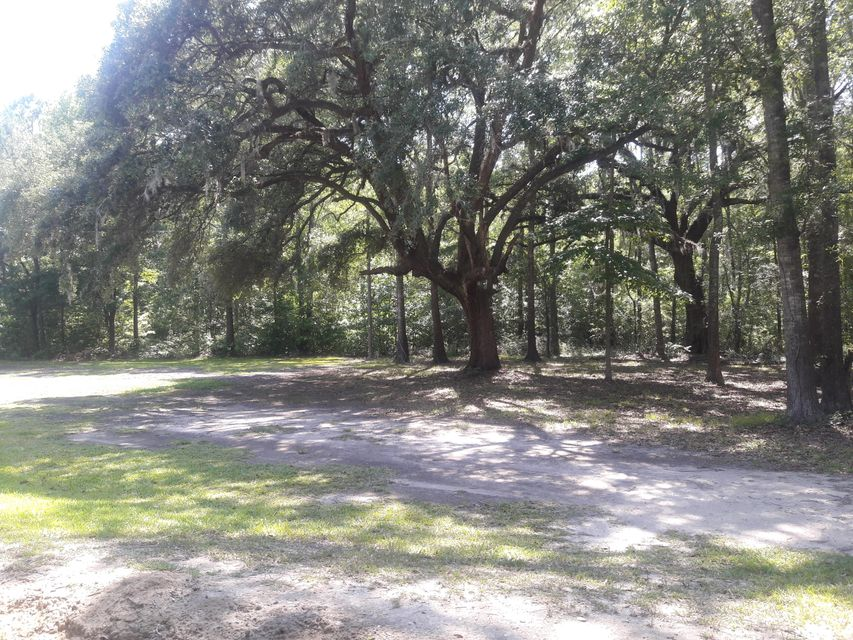 Hope Plantation Road Jacksonboro, SC 29452