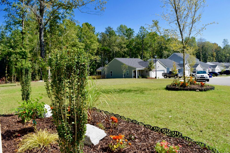 128  Keaton Brook Drive Summerville, SC 29485