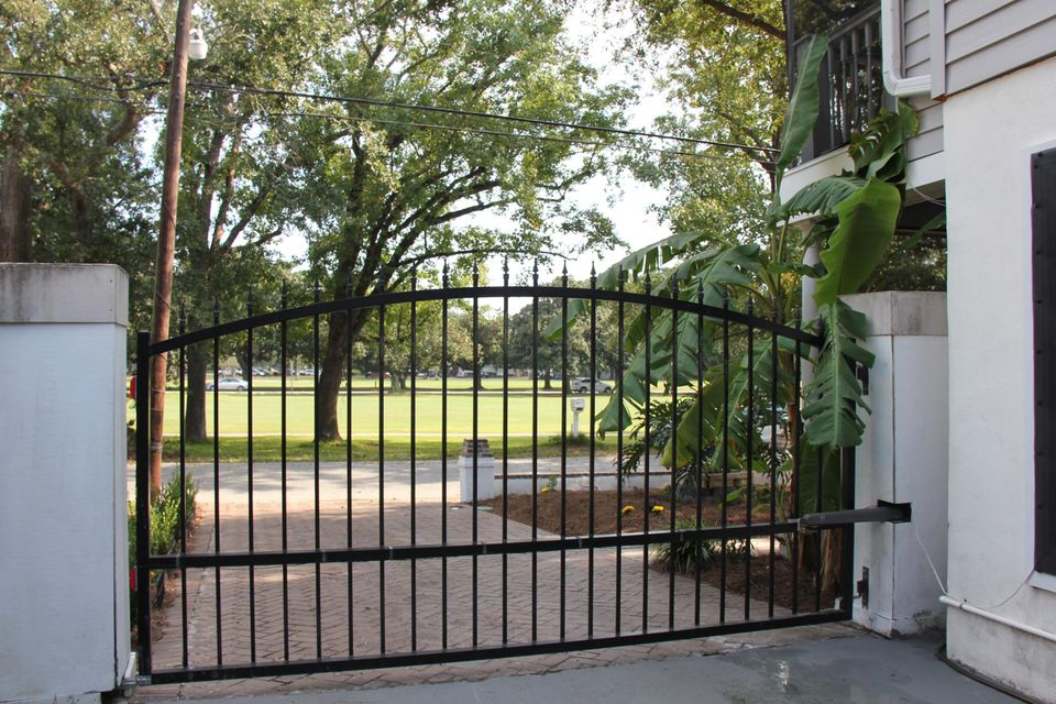 2142  Golfview Drive Charleston, SC 29412