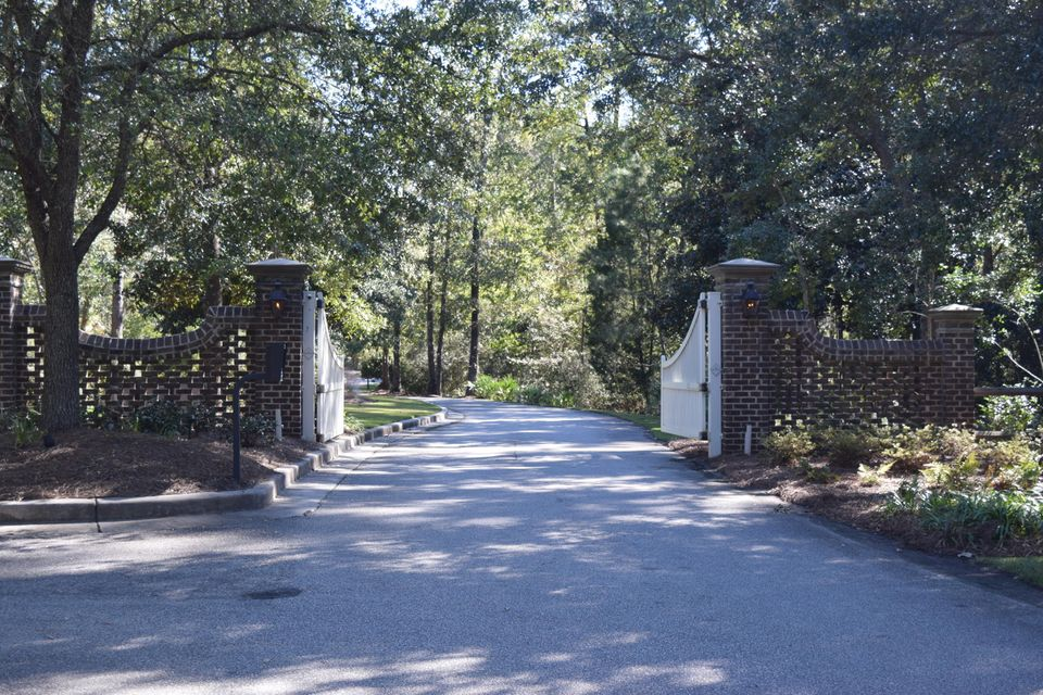 4213  Lady Banks Lane Hollywood, SC 29470
