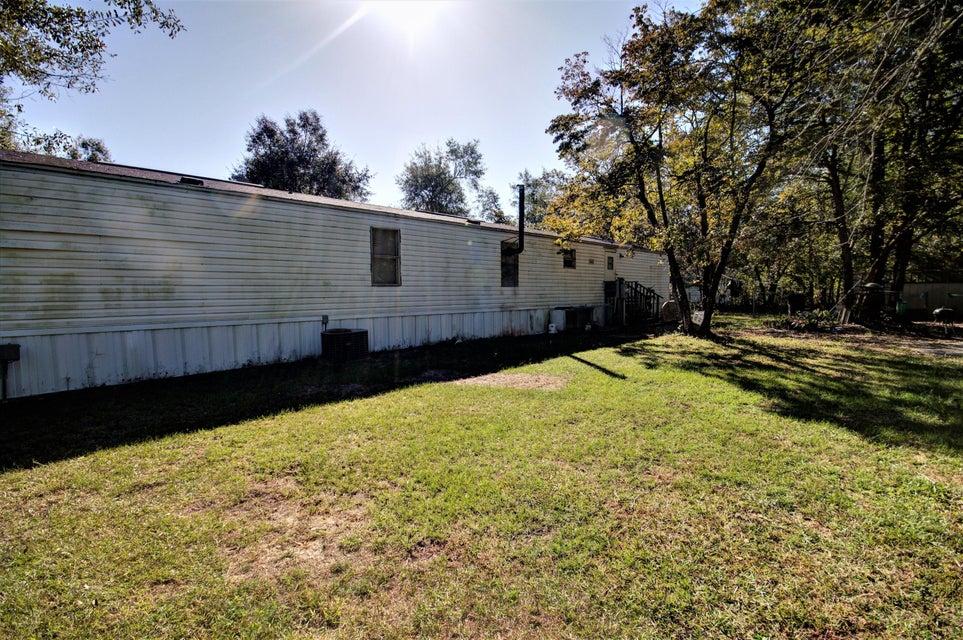 535  Cane Creek Road Cross, SC 29436