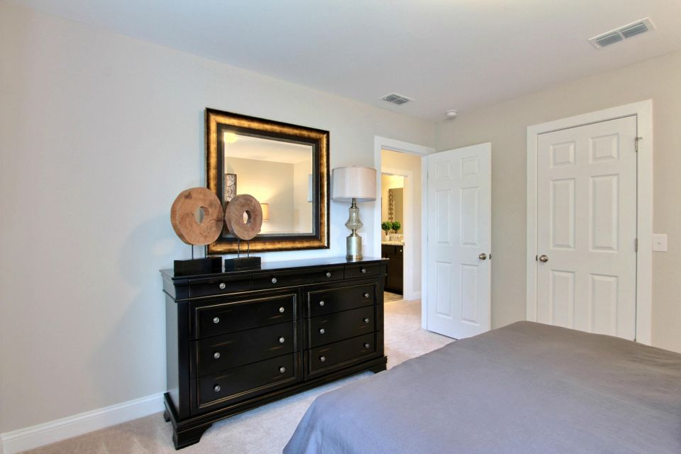 3003  Northern Read Oak Drive Summerville, SC 29486