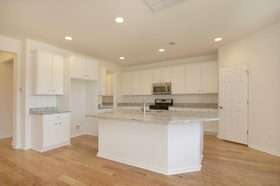 3004  Northern Red Oak Drive Summerville, SC 29486