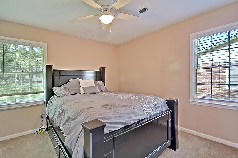 126  Dorchester Manor Boulevard North Charleston, SC 29420