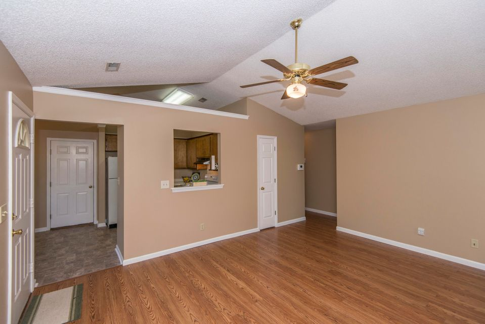 402  Navaho Circle Summerville, SC 29483