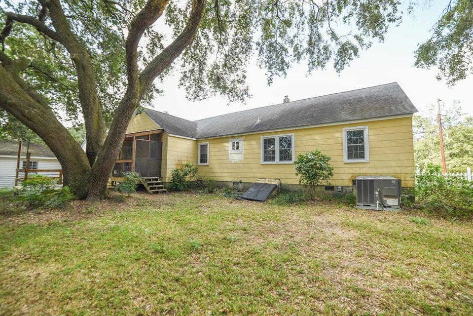 4504  Leesville Street North Charleston, SC 29405
