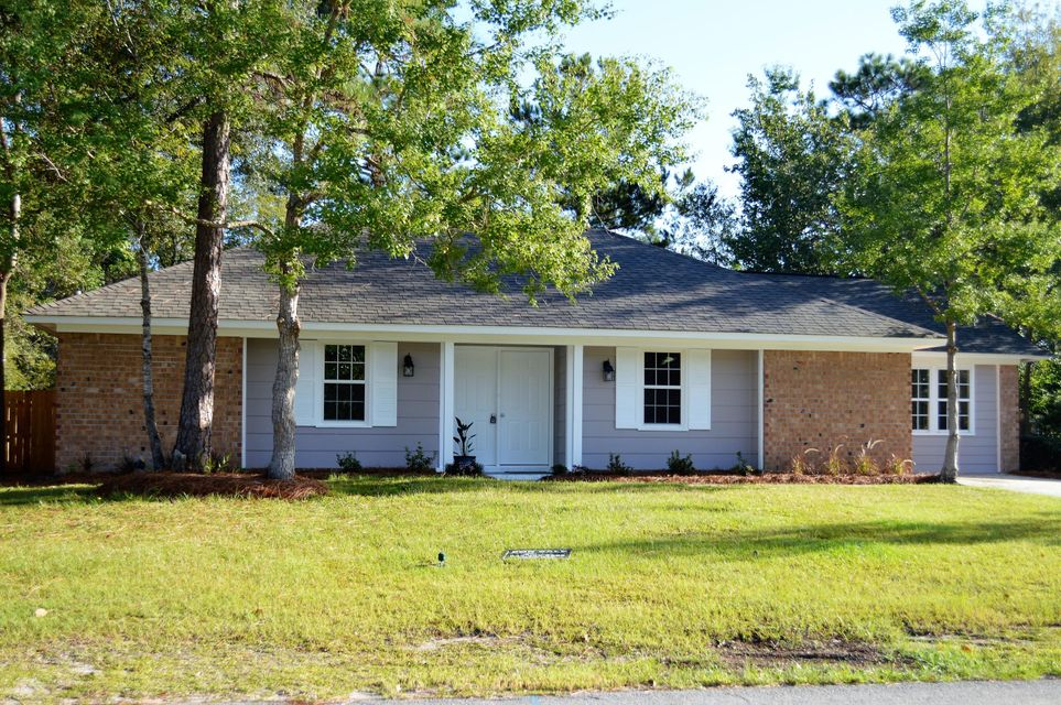 303  Longleaf Road Summerville, SC 29486