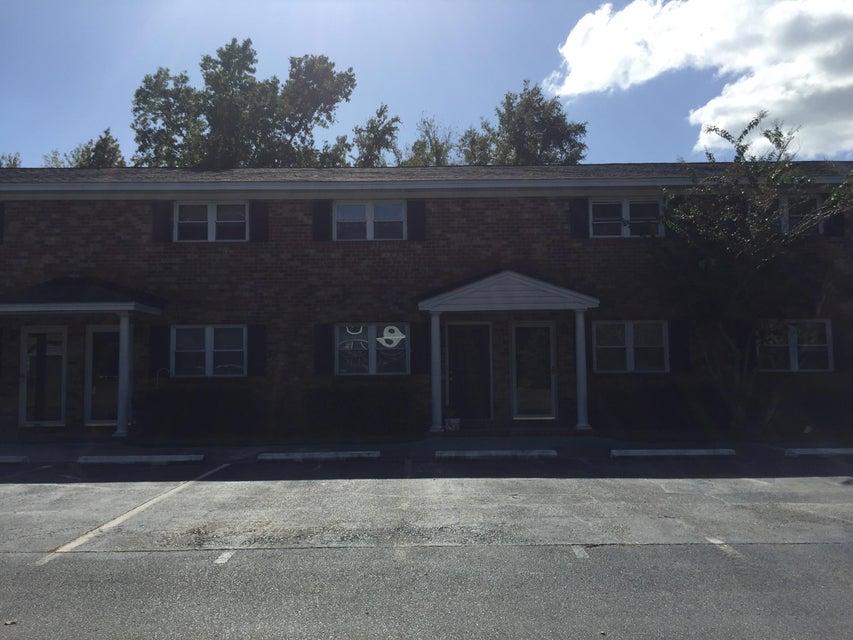 1852  Mepkin Road Charleston, SC 29407