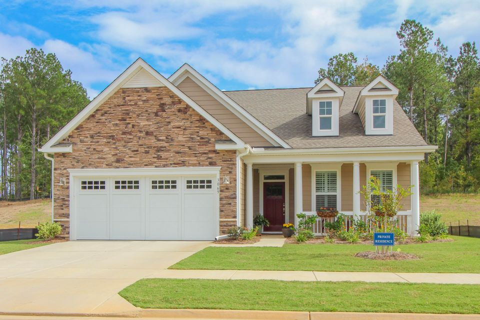 3069  Cross Vine Lane Summerville, SC 29483
