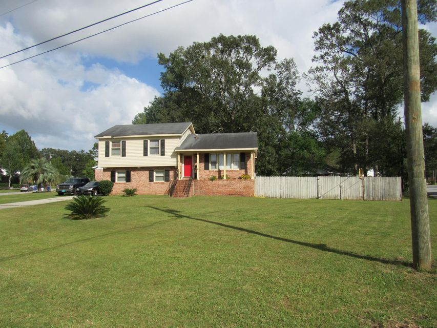 7718  Picardy Place North Charleston, SC 29420