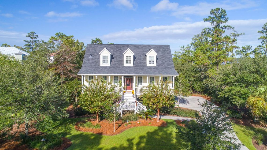 1921  Lone Oak Point Mount Pleasant, SC 29466