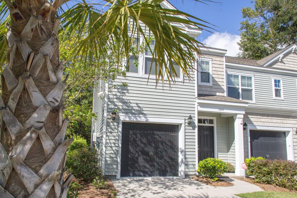 1678  St Johns Parrish Way Johns Island, SC 29455