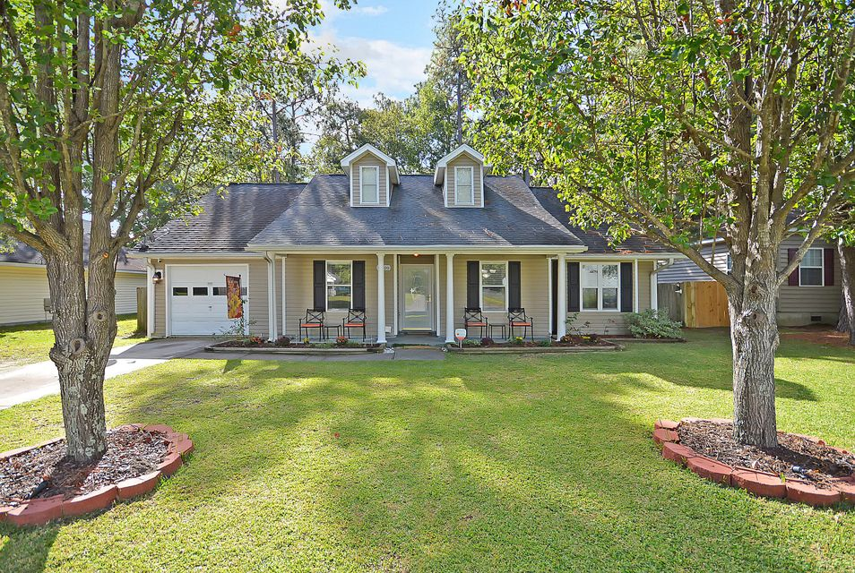 2899  Salamander Creek Lane North Charleston, SC 29418