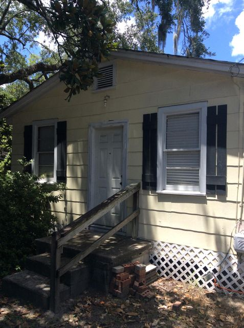 2216  Midland Park Road Charleston, SC 29406