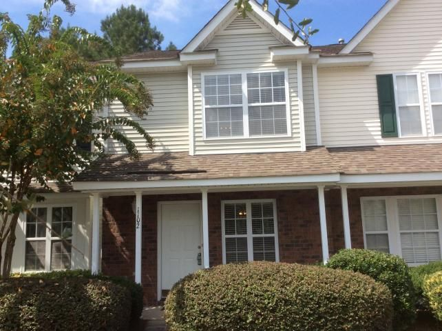 1102  Elm Hall Circle Summerville, SC 29483