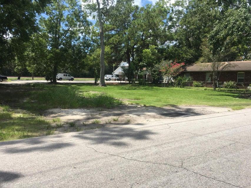 4767  Nesbit Avenue North Charleston, SC 29405