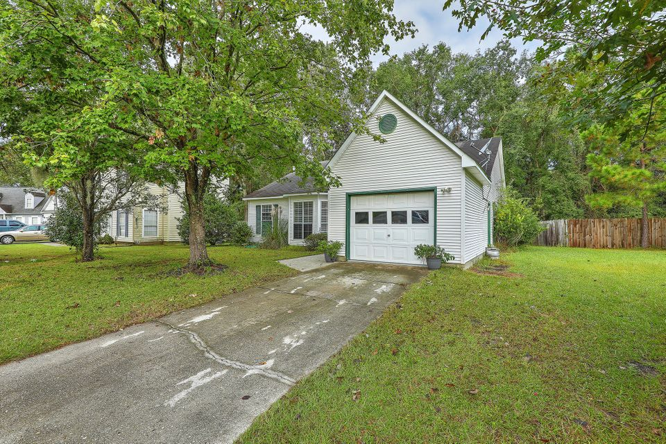 2445  Castlereagh Road Charleston, SC 29414