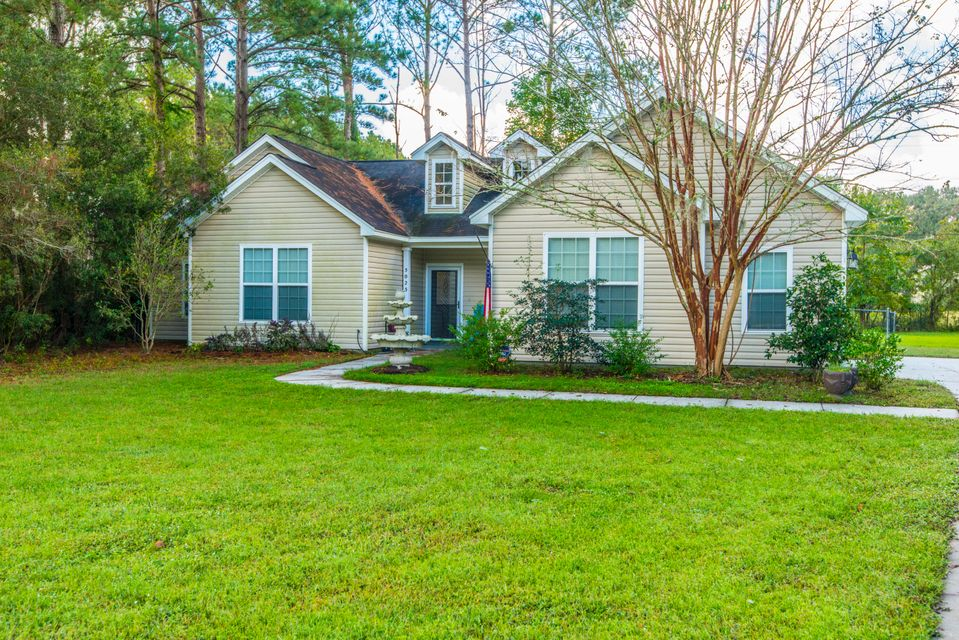 5023  Manor Road Hollywood, SC 29449