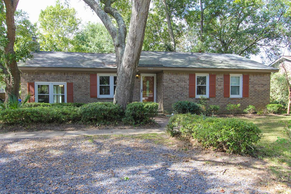 1082 N Shadow Drive Mount Pleasant, SC 29464