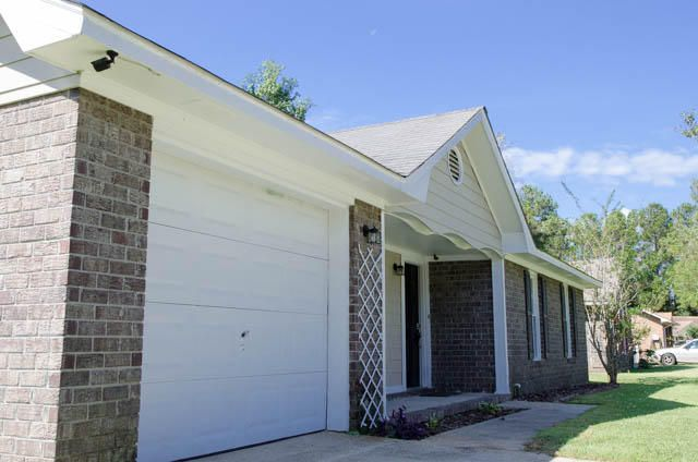 431  Surfside Drive Goose Creek, SC 29445