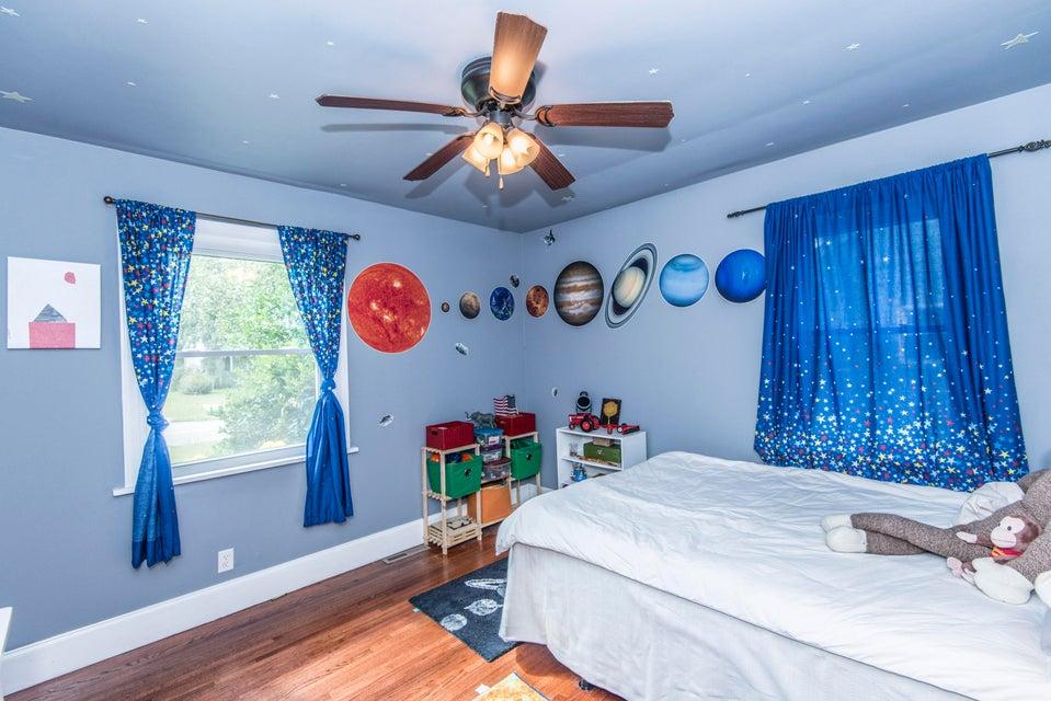 1302  Bexley Street North Charleston, SC 29405