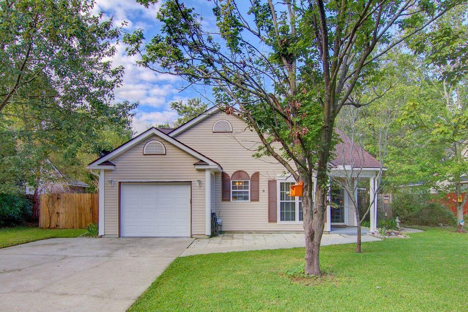 8425  Battle Forest Drive North Charleston, SC 29420