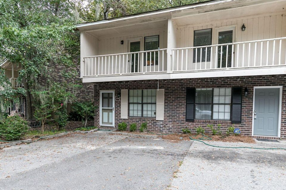 104  Muir Court Summerville, SC 29485