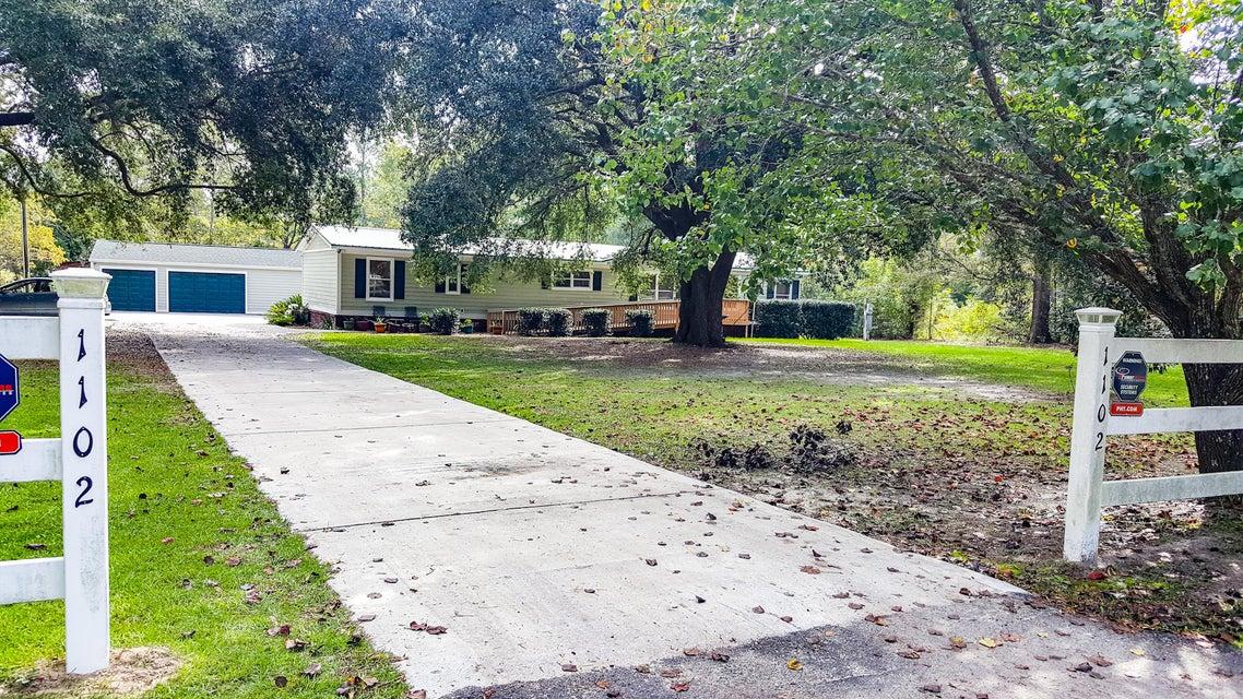 1102  Long Acre Drive Bonneau, SC 29431