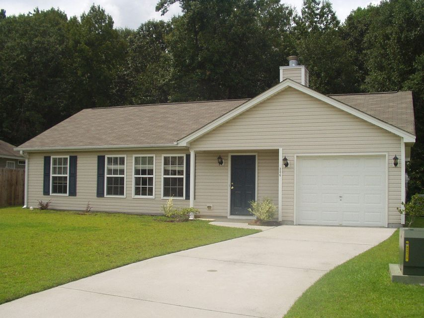 206  Maplewood Ridge Court Summerville, SC 29483