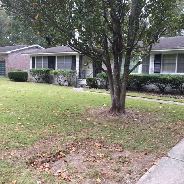 755  Canary Drive Charleston, SC 29414