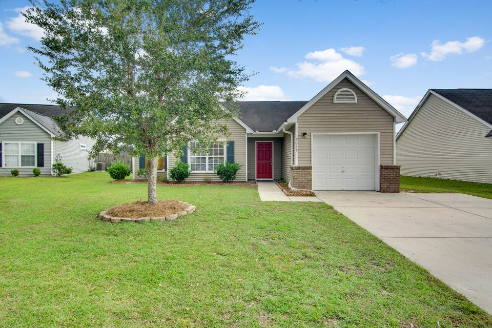 5019  Holdsworth Drive Summerville, SC 29485