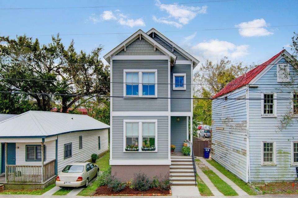 15  Ashton Street Charleston, SC 29403