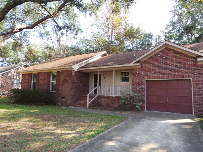 641  Schooner Road Charleston, SC 29412