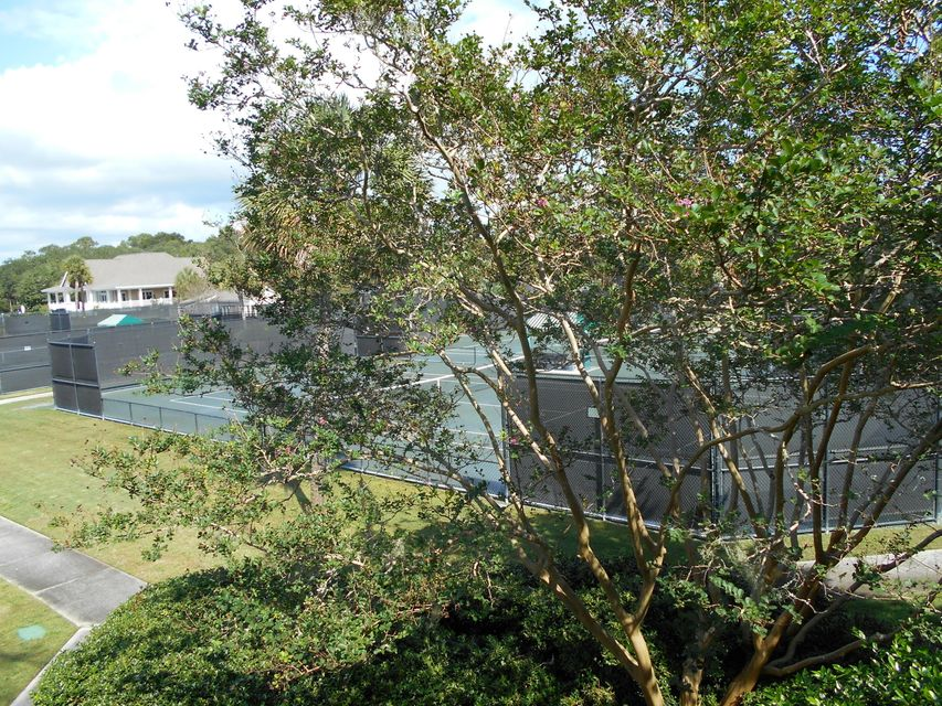 1616  Live Oak Park Johns Island, SC 29455