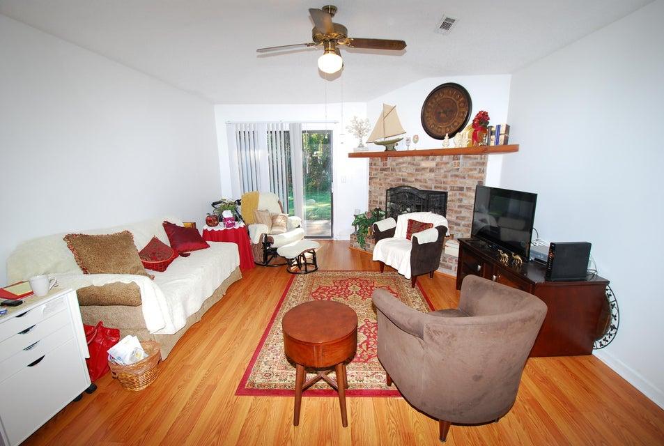 421  Miami Street Ladson, SC 29456