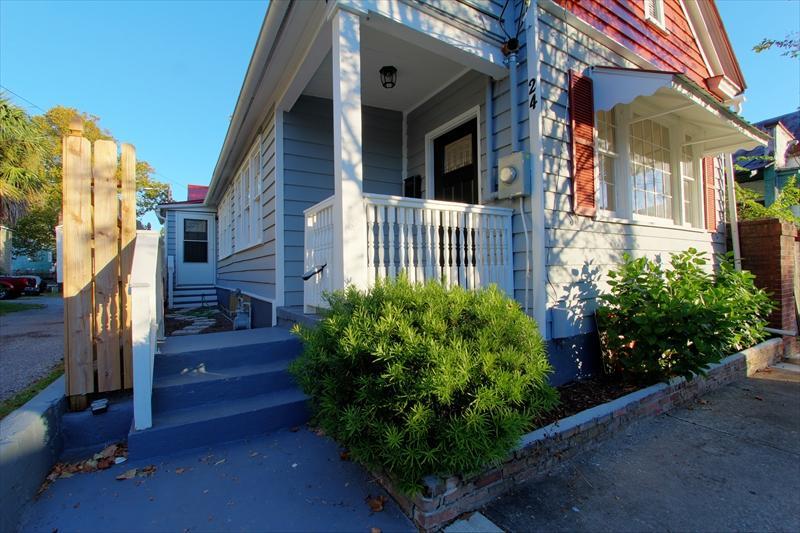 24  Moultrie Street Charleston, SC 29403