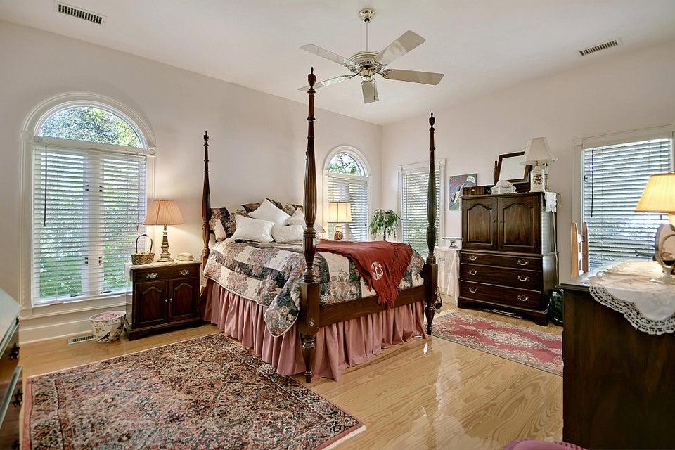 1332 N Edgewater Drive Charleston, SC 29407