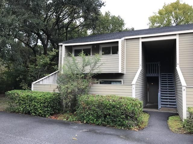 2320  Treescape Drive Charleston, SC 29414