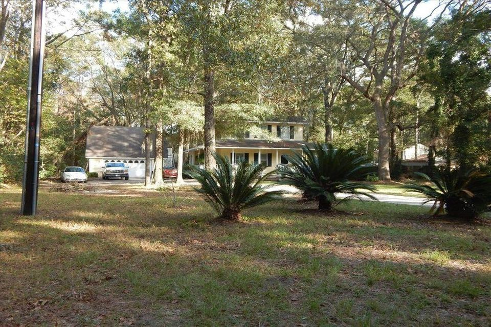 8  Meredith Lane Beaufort, SC 29907