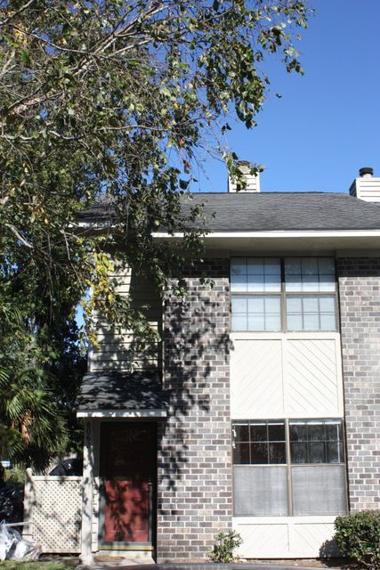 8062  Thelen Street North Charleston, SC 29406