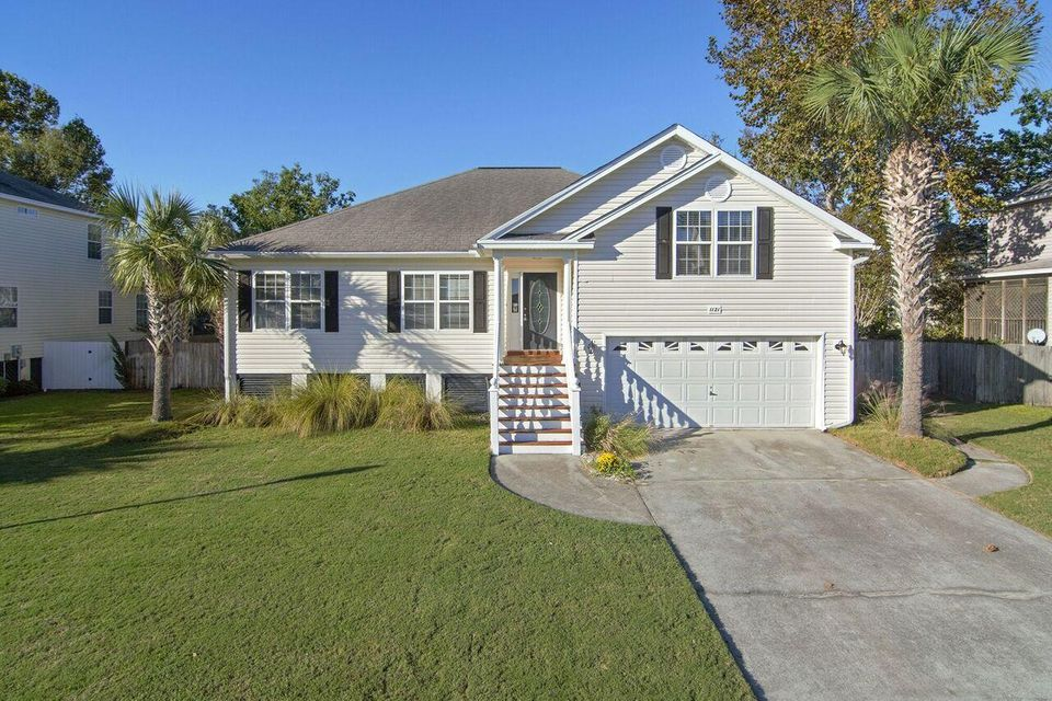 1121  Clearspring Drive Charleston, SC 29412