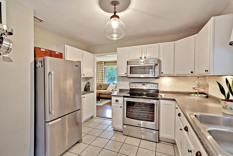 321  Curtiss Avenue Charleston, SC 29407