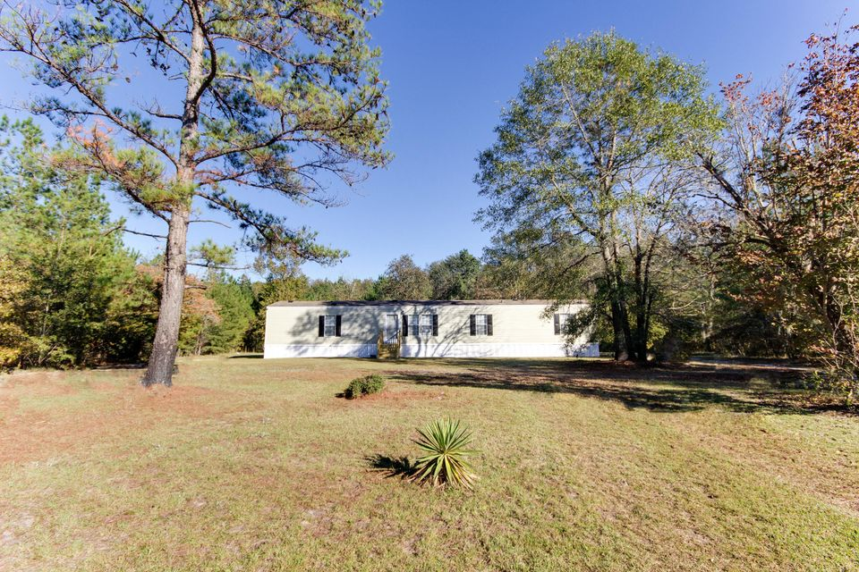 372  Harbour Court Walterboro, SC 29488